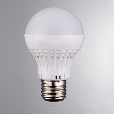 White PC Cool White Light 180° E27 7W  LED Ball Bulb