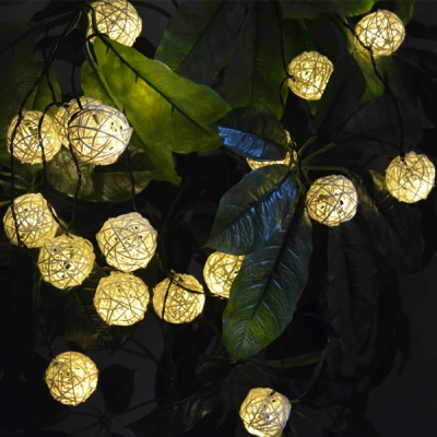 Rattan Led Solar Ed Outdoor String