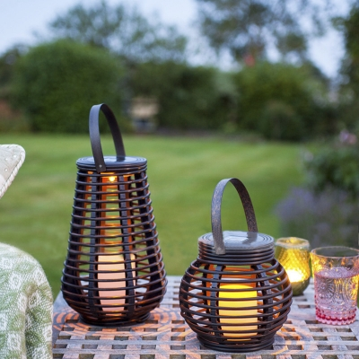 Vintage Style 10 H Rattan Outdoor Solar Led Portable Decorative Lighting Table Lamp With