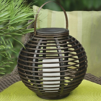 Dusk to Dawn Portable Solar Powered Globe Shape Rattan Outdoor Decorative Table Lamp