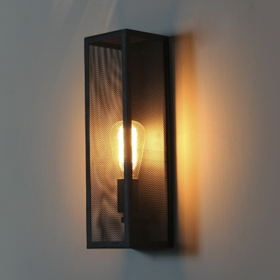 Rectangle Single Light Wall Sconce With Metal Mesh