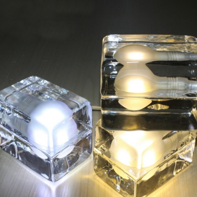 Ice Cube Table Lamp