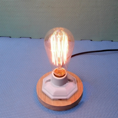 Industrial Simple Desk Lamp with Wooden Lamp Base in Open Bulb Style