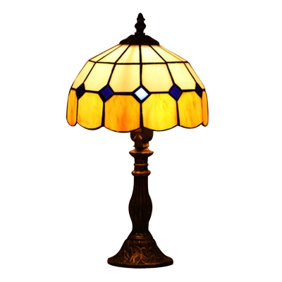 Dome Shade Table Lamp With Yellow Blue Gl In Tiffany Style