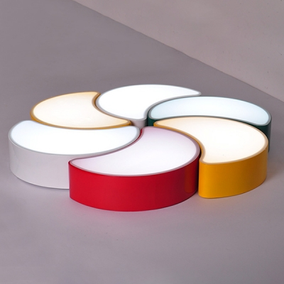 Crescent Shape LED Flush Light Fixture Modernism Kindergarten Bedroom Acrylic Ceiling Light