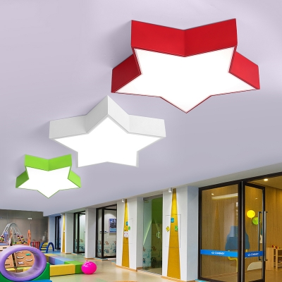 Star Shade LED Flush Mount Contemporary Game Room Acrylic Decorative Ceiling Lamp in Green/White/Red