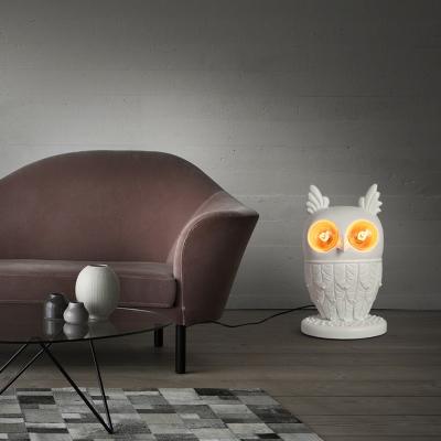 Resin 2-Light Lovely Owl Desk Lamp in White