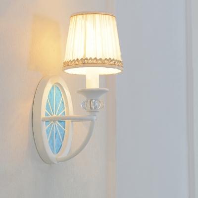 Nordic Style White Finish Hallway Sconce 1 Light Led Sconce Lighting with Whell Base