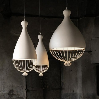 Teardrop Shape Wire Caged Single Bulb Hanging Pendant in Black/White 3 Sizes Available
