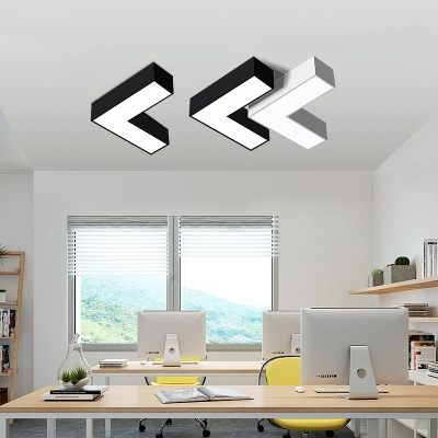 Modern Design Led Arrow Shaped LED Ceiling Light 10.23in/13.77in Wide Metal Low Wattage14/20W Geometric Surface Mount Light LED for Super Mall Hallway Pathway Gallery Office Kindergarten in Black