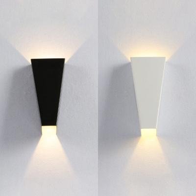 Strait Up Series Tzoid Wall Sconces Light 3 93 High 6w Aluminum 2