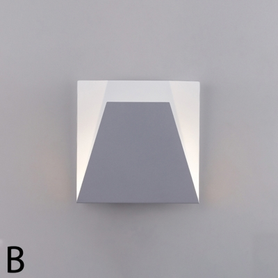 Nordic Contemporary Creative Indoor Wall Light Metal Square Sconces in White Finish 7.87