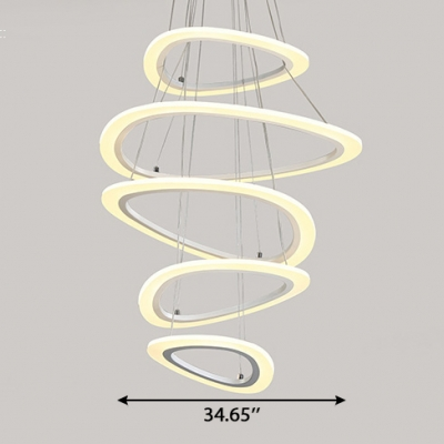 Unique Pendant Lights White Acrylic 4 Ring/5 Ring LED Oval Chandelier 115W Height Adjustable Mango Shaped LED Chandeliers for Foyer Staircase Hall