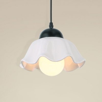 Indoor Mini Pendant Lamp with Scalloped Edged in Black Finish