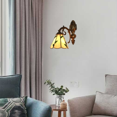 Tiffany Style Leaf Wall Sconce Stained Glass Wall Lamp in Beige for Staircase Bathroom