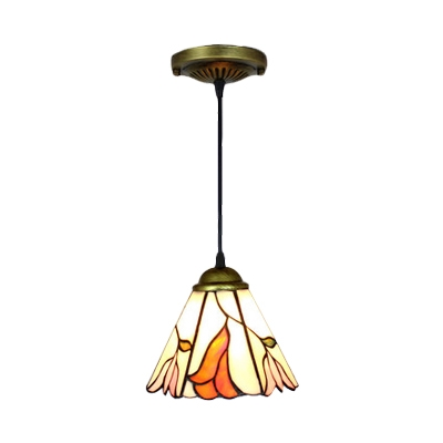 Flower Design Pendant Light Tiffany Style Traditional Stained Glass Drop Light in Beige