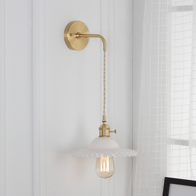 Milky Glass Scalloped Suspender Wall Light Modern Fashion 1 Bulb Wall Sconce in Brass Finish, HL500138