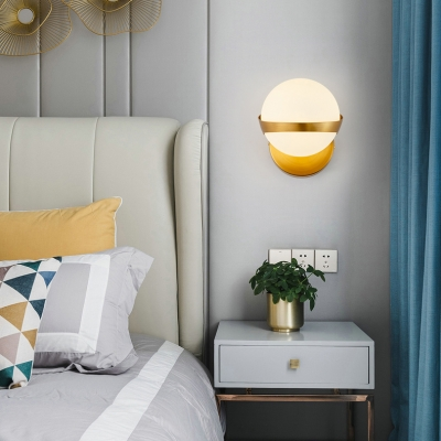 Modern Fashion Ball Sconce Light Frosted Glass Single Head Wall Mount Light in Gold