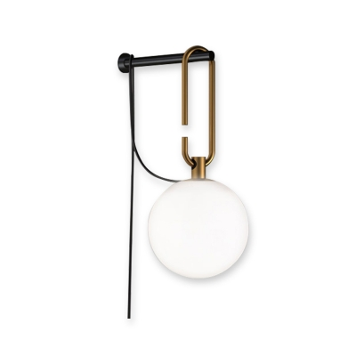 Single Head Spherical Wall Sconce Modern Fashion Mouth Blown Glass Wall Lamp in Brass