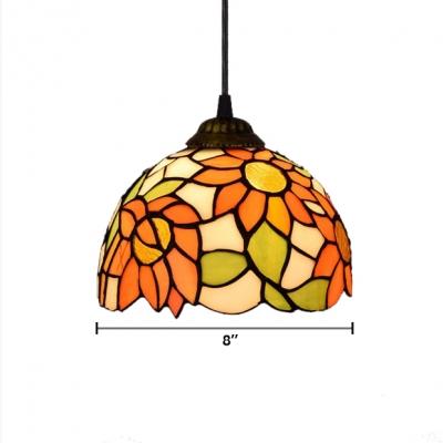 Elegant Tiffany Style Pendant Light with Oversize Sunflower Pattern