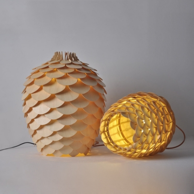 Woody Pine Cone Shade Ceiling Light Lodge Art Deco Lighting Fixture in Natural Wood Finish
