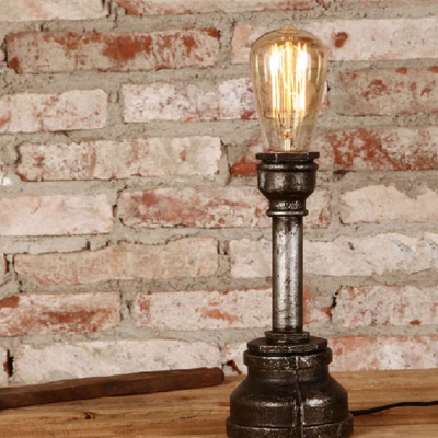 Industrial Single Light Retro Rust Finished Pipe Table Lamp for Bar