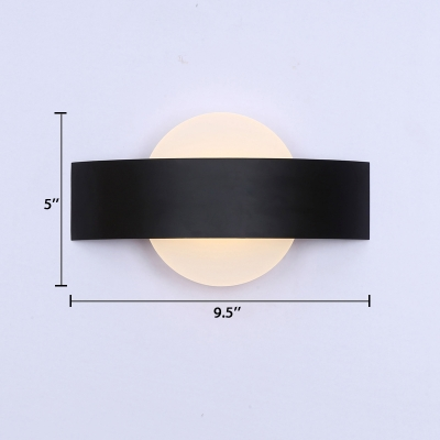 Acrylic Disc Shade Wall Light Designer Style LED Wall Mount Fixture in Black for Bedroom