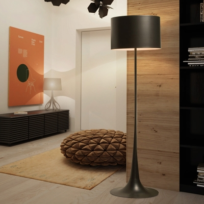 Round LED Floor Light Contemporary Concise Accent Floor Lamp in Black