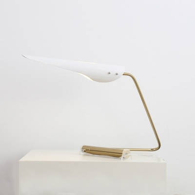 Post Modern Oblique Shade Table Light with Curved Arm Metallic 1 Head Table Lamp in White