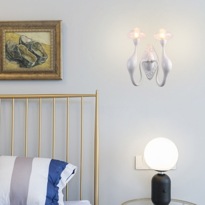 2 Heads Curved Arm LED Wall Lamp Contemporary Metallic Wall Light Sconce in White for Bedroom
