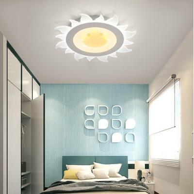 Cute Sun Shape Flush Mount Lighting Modern Boys Girls Bedroom Acrylic LED Ceiling Fixture in White