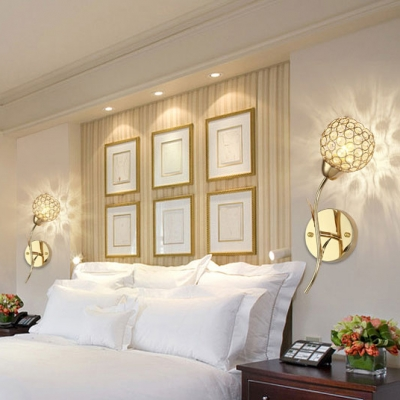 Modern Style Clear Crystal Wall Mount Light Fixture with Globe Shade 1-Light Sconce Lighting