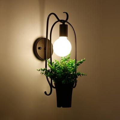 Single Light Sconce Light with Flower Basket Rustic Metal Wall Light Fixture in Black HL514784 фото