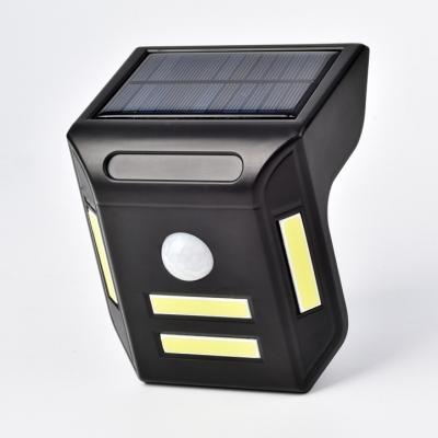 Купить со скидкой Solar Motion Sensor Step Lights Low Voltage 1 W 4 LED Waterproof Security Light in Black for Deck