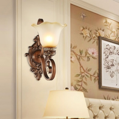 1 Light Flower Wall Antique Style Metal Sconce In Rust For
