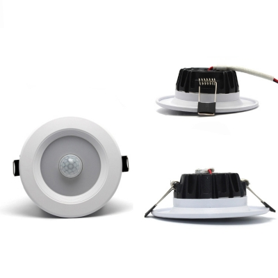 Pack of 5 Wireless Recessed Light with Motion Detector 3-3.5 Inch Round Light Fixture Recessed for Hallway