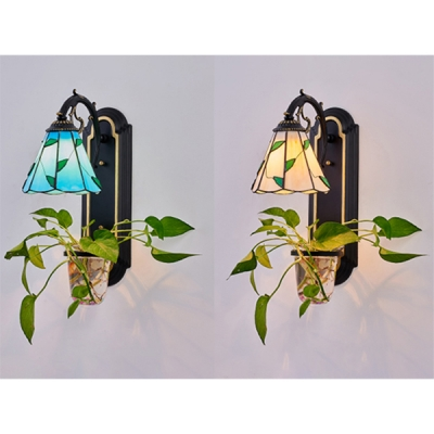 Stained Glass Leaf Wall Sconce 1 Light Tiffany Style Wall Lamp in Blue/Beige for Bedroom