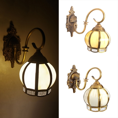 Vintage Style Sconce Light with Lantern Shade 1 Light Brass Wall Light for Bedroom Dining Room