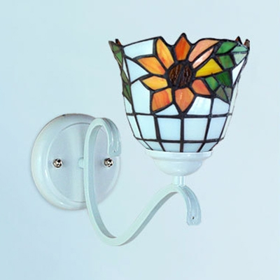 Tiffany Style Flower Pattern Sconce Light Stained Glass 1 Light Wall Lamp for Hotel Shop