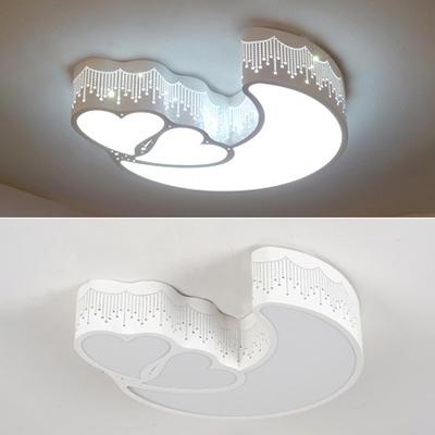 Moon and Heart Shape Light Fixture Lovely White/Stepless Dimming LED Ceiling Mount Light in White/Pink for Child Room