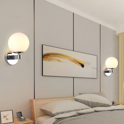 Globe Shade Bathroom Sconce Light Frosted Glass Metal 1 Light Simple Style Wall Light in Gold/Chrome