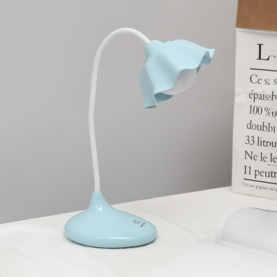 Touch Control Desk Light White/Green/Blue/Pink Flower Shape Reading Light with USB Charging Port for Bedroom