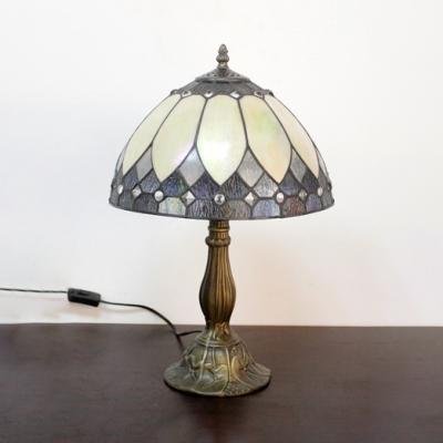 Vintage Tiffany Bowl Desk Light 1 Light Stained Glass Table Light in Beige for Living Room