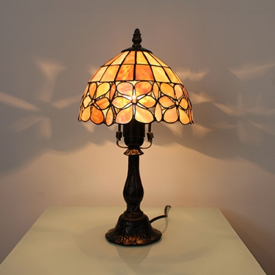 Flower/Hollow/Magnolia Hotel Desk Light Stained Glass 1 Head Tiffany Rustic Table Light with Bronze Body