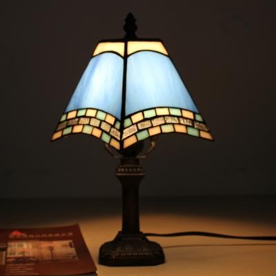 Beige/Blue Craftsman Desk Light 1 Light Tiffany Antique Art Glass On-Off Switch Desk Lamp for Bar