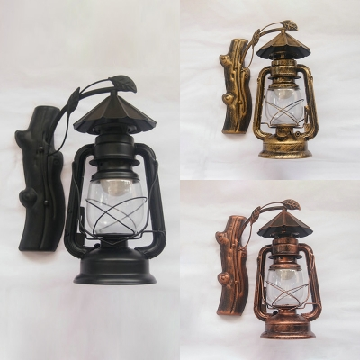 Rustic Stylish Hanging Kerosene Sconce 1 Light Metal Wall Lamp in Black/Brass/Copper for Porch
