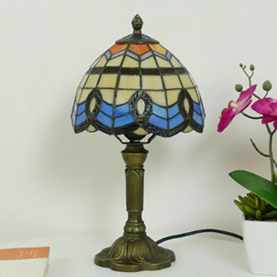 Tiffany Style Blue Desk Light Dome Shade 1 Light Stained Glass Table Light with Plug-In Cord for Bedroom