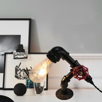 One Bulb Bare Bulb Desk Light Industrial Plug In Metal Reading Light with Pipe for Cafe