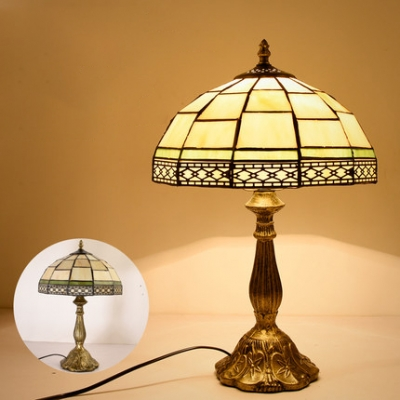 Art Glass Dome Table Light One Light Tiffany Traditional Table Lamp with Brass Body for Study Room