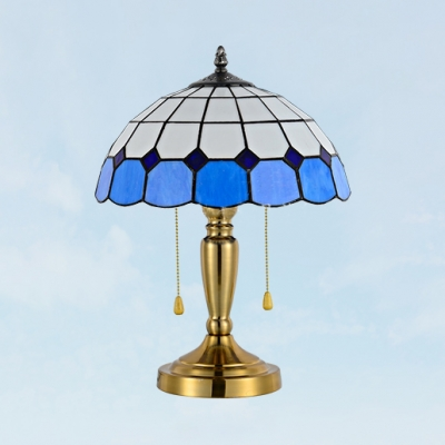 Art Glass Lattice Dome Table Light 2 Heads Traditional Tiffany Desk Lamp in Blue/Yellow for Bedroom